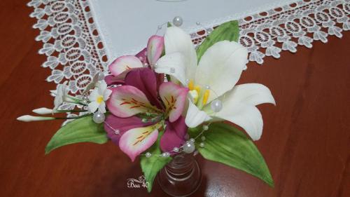 svadobná mini kytička